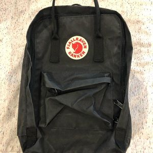 """FJALLRAVEN 15"""" backpack - perfect condition"""